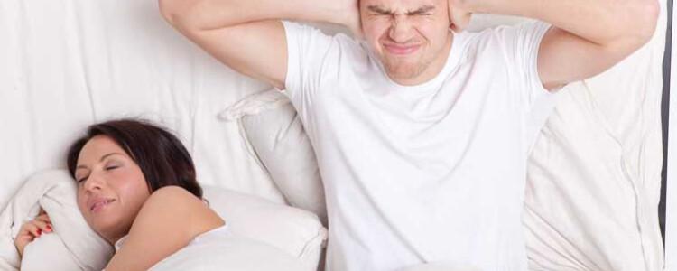 Храп во время беременности на поздних сроках: причины, как избавиться