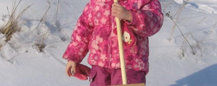Лопатки для снега деревянные детские