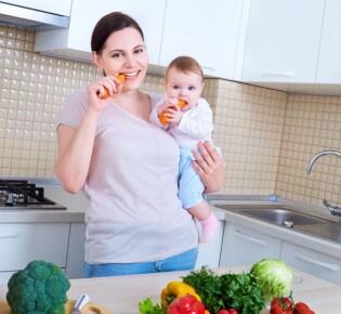 Какие овощи можно кормящей маме при грудном вскармливании в первый месяц?