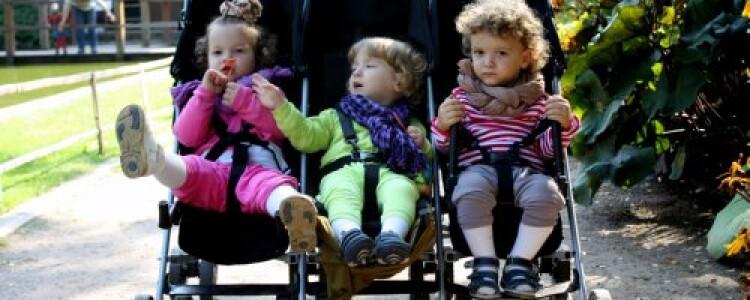 Коляски для тройни — лучшие модели для Ваших детей