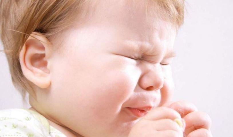 Признаки появления насморка у младенца