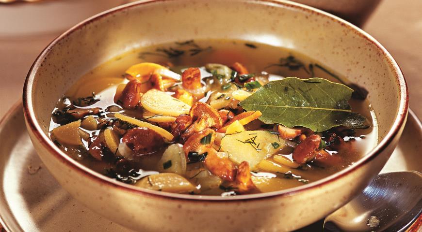 Суп с грибами и репой