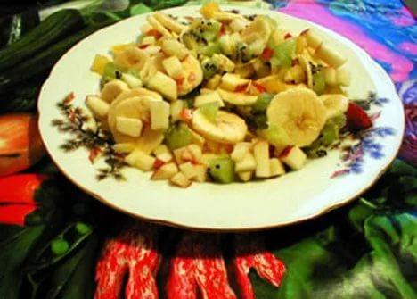 салат из бананов