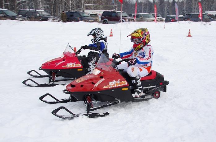 Детский снегоход на бензине